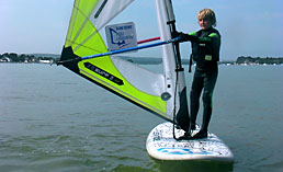 Tailored kids beginners windsurfing lessons in small groups just for kids