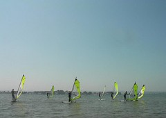 Great Summer Conditions for Windsurfing Courses